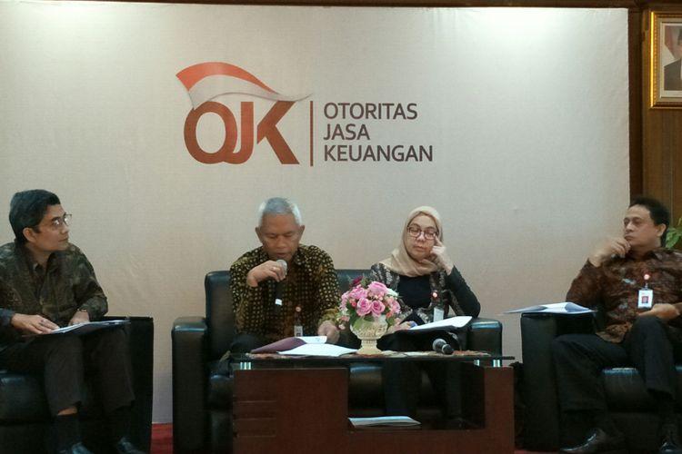 Acara diskusi OJK dengan media di Menara Radius Prawiro, Bank Indonesia, Jakarta, Jumat (5/1/2018).