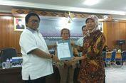Oesman Sapta Serahkan Berkas Dukungan Pencalonan Anggota DPD Kalbar