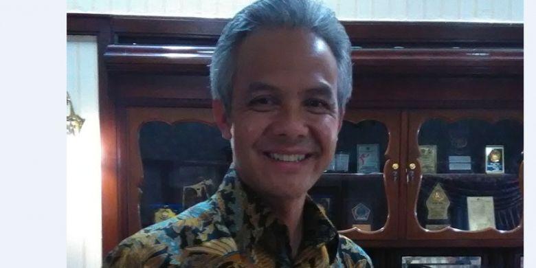 Gubernur Jawa Tengah Ganjar Pranowo menyatakan akan menghormati dan menjamin hak-hak konstitusional penganut aliran kepercayaan di Jawa Tengah.