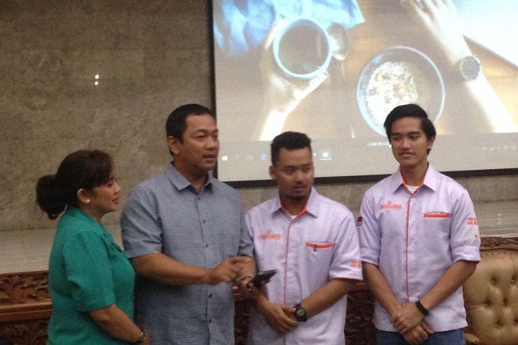 Kaesang Pangarep bersama Wali Kota Semarang Hendrar Prihadi saat melaunching madhang.id, Senin (11/12/2017)