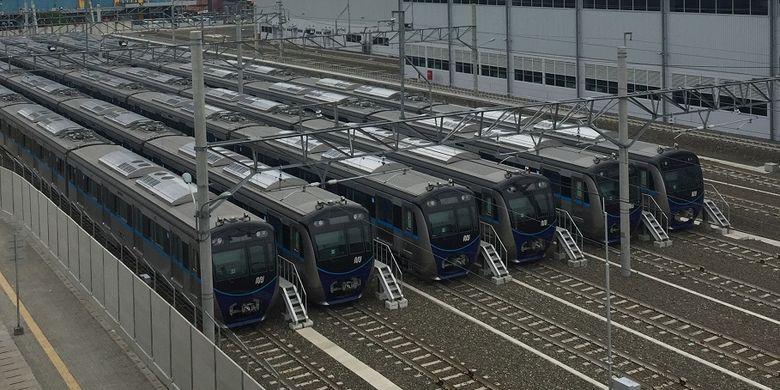 Stasiun Lebak Bulus menjadi stasiun akhir dari rute MRT fase 1 lintas Lebak Bulus-Bundaran Hotel Indonesia (HI)