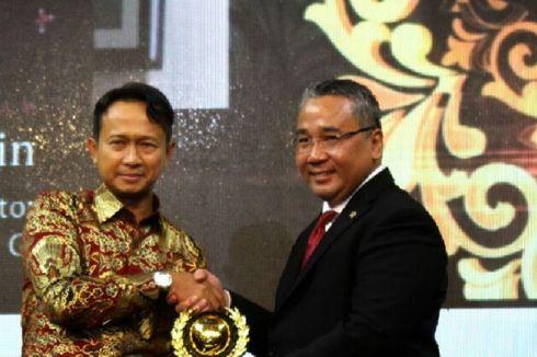 Proyeknya Diresmikan Presiden, Asmat Amin Raih Penghargaan