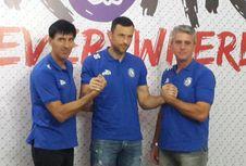Arema FC Kontrak Kiper Asing asal Serbia dan Lepas Kiper Lokal
