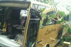 Bus Rombongan Wisatawan Asal Palembang Masuk Jurang di Bantul