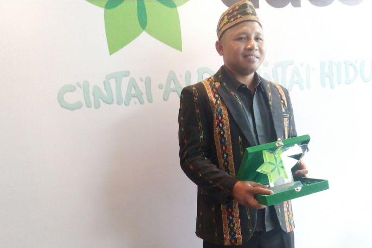 Romo Marselus Hasan, pendeta penerang desa-desa di NTT.
