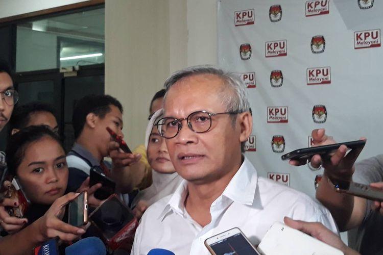 Direktur Program TKN, Aria Bima, di kantor KPU, Jakarta Pusat.