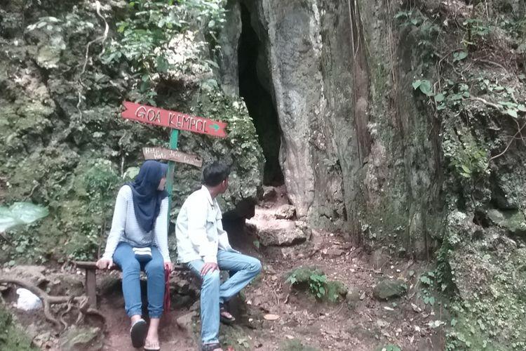 Tempat wisata Goa Kiskendo di Kendal, Jawa Tengah, Sabtu (10/3/2018).
