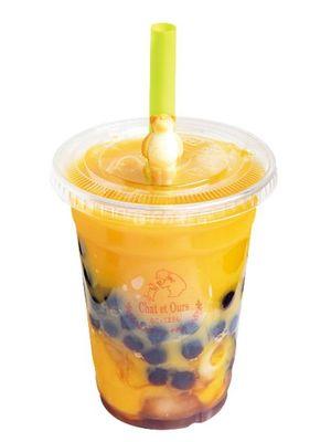 Mango Juice (630 yen), nikmati rasa manis buah yang alami dan kaya tanpa tambahan gula dan tanpa bahan kimia buatan.