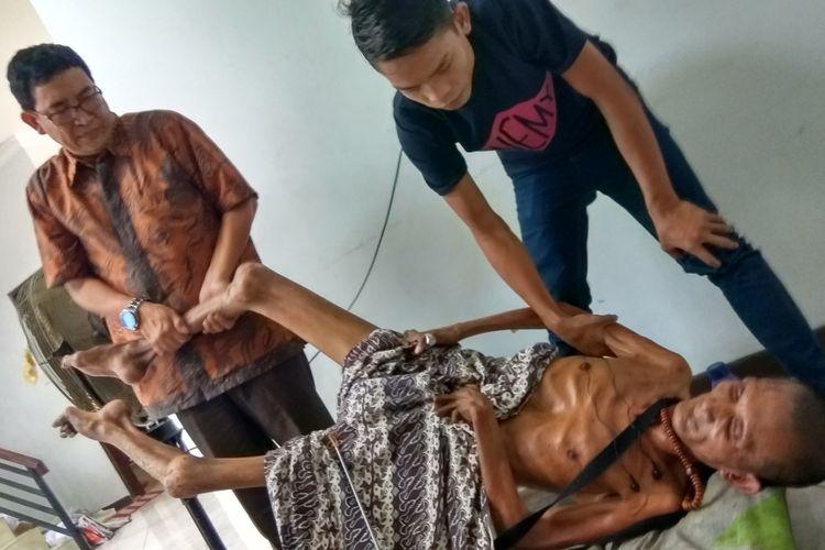 Kondisi Mas Tazul Munir yang membujur kaku saat ditemui di Pontianak, Kalimantan Barat (29/1/2018)