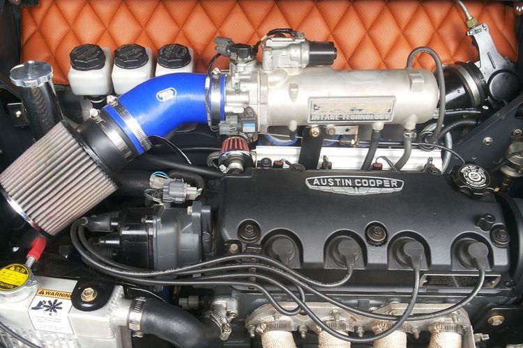 Mesin Honda Jazz yang terpasang di Mini lawas lansiran 1966 milik Herman Yusuf.