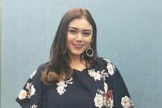 Paham Bahaya, Thalita Latief Batasi Anak Main Gawai