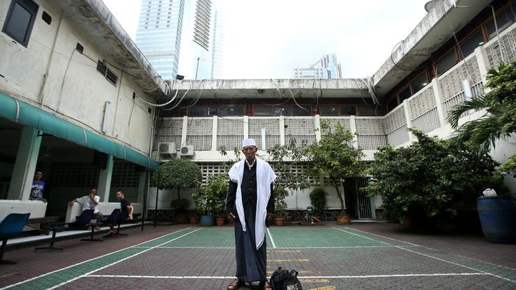 Pengabdian Haji Husni, 53 Tahun Menjadi Khatib Rutan Mapolda Metro Jaya