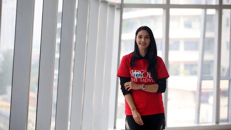 Maudy Koesnaedi Perankan Zaenab di ''Si Doel The Movie''