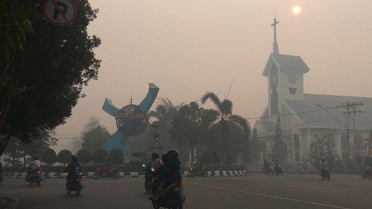 Kebakaran Lahan Meluas, Pontianak Dikepung Kabut Asap