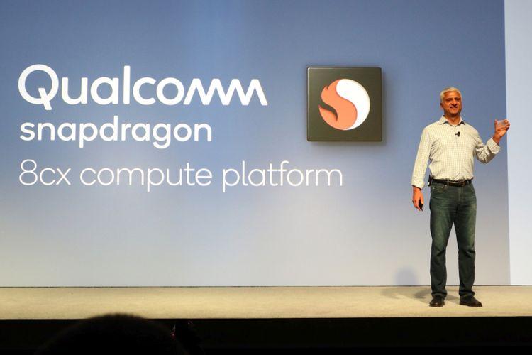 Senior Vice President for Compute Product Qualcomm International Sanjay Mehta memperkenalkan chipset Snapdragon 8cx untuk personal computer dalam acara Snapdragon Tech Summit 2018 di Maui, Hawaii, Kamis (5/12/2018) waktu setempat.