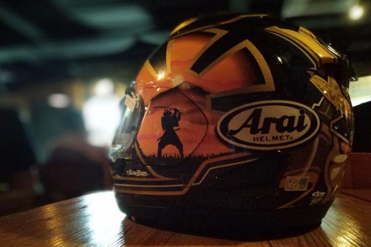 Helm Arai yang dijual di Indonesia