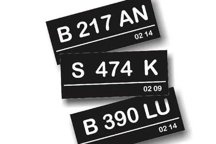 Saat ini pelat nomor untuk kendaraan penumpang pribadi warna dasarnya hitam.