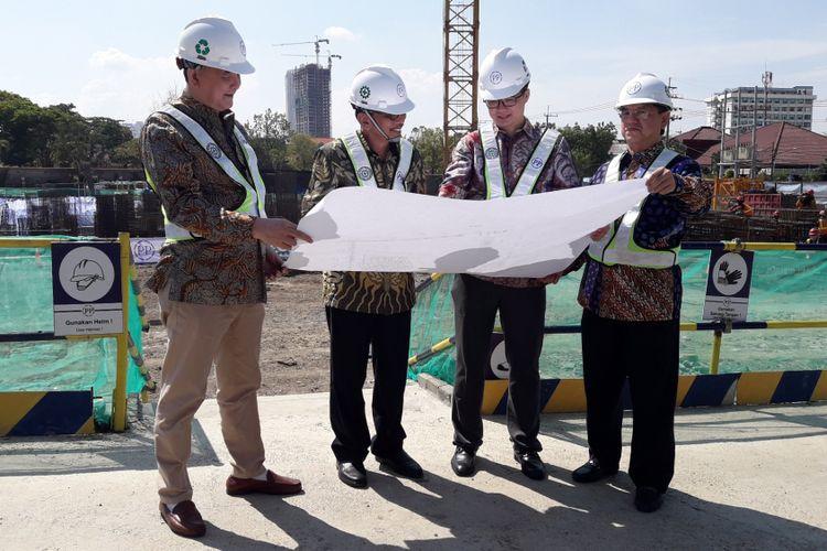 PT Lamicitra Nusantara Tbk secara resmi memulai pembangunan apartemen Darmo Hill pada Sabtu (17/11/2018).