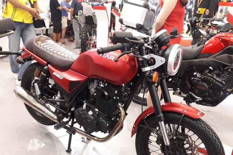 Salah satu motor terbaru yang dikerkenalkan Viar Motor Indonesia pada ajang GIIAS 2018, di ICE, BSD City, Sabtu (4/7/2018). Motor ini diberi nama Vintech 250.