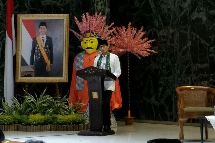 Wakil Gubernur DKI Jakarta Sandiaga Uno saat coffee morning bersama Kadin DKI di Balai Kota DKI Jakarta, Jumat (9/2/2018).