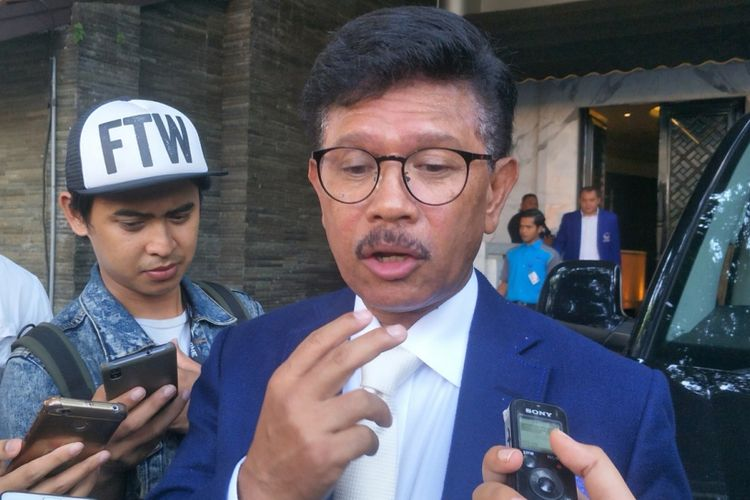 Sekretaris Jenderal Partai NasDem Jhonny G Plate saat ditemui di kantor DPP Partai Nasdem, Gondangdia, Jakarta Pusat, Selasa (3/4/2018).