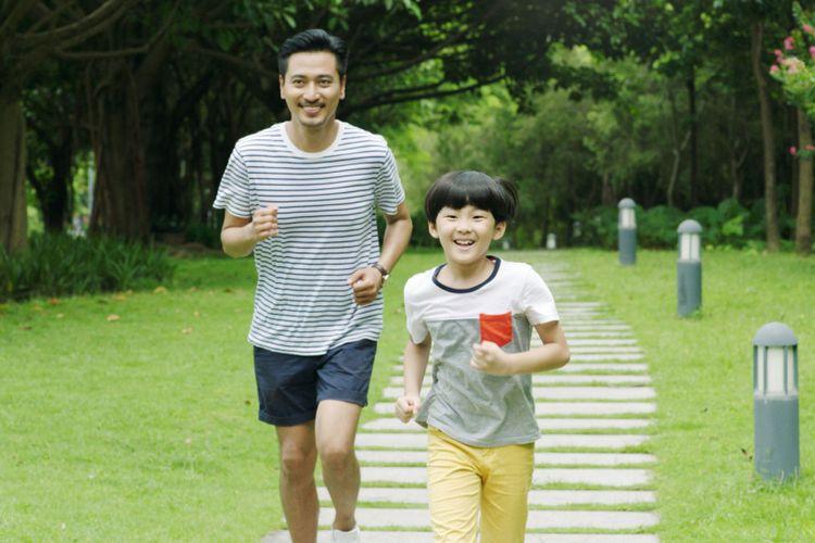 Ilustrasi jogging bersama anak