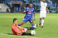 Pelatih Arema Siapkan Pengganti Dedik dan Johan di Piala Presiden 2019