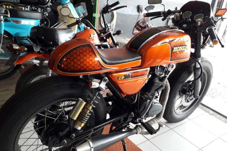 Modifikasi Honda CB100 bergaya caferacer yang dikerjakan bengkel Mr Classic, Cimanggis, Depok.