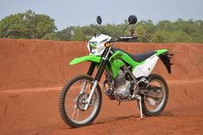 9 Perbedaan Kawasaki KLX 230 dan KLX 230R