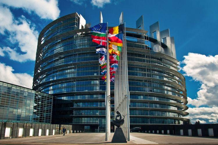 Kantor Parlemen Uni Eropa di Strasbourg, Perancis.