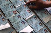 Jelang Pemilu, Sudin Dukcapil Jakarta Timur Lakukan Perekaman e-KTP ke Sejumlah Sekolah