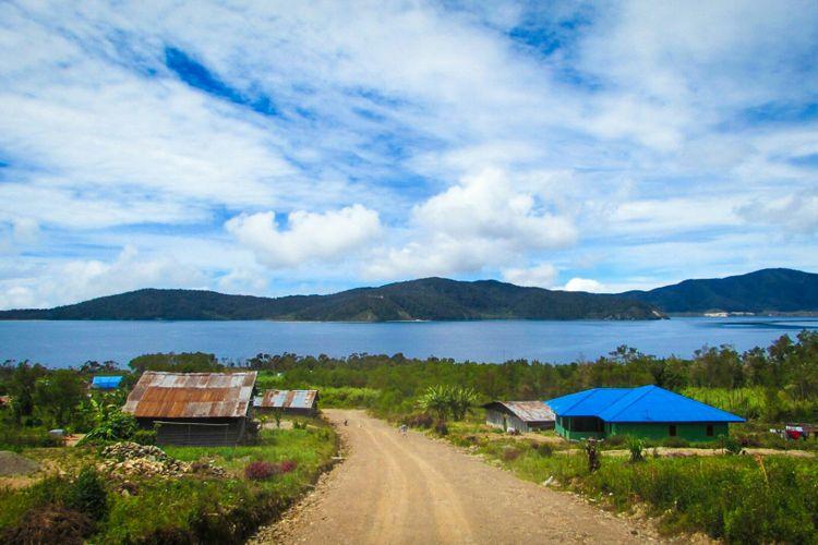 Jalan menuju Desa Nggesrou, Distrik Anggi Gida, Kab. Pegunungan Arfak.