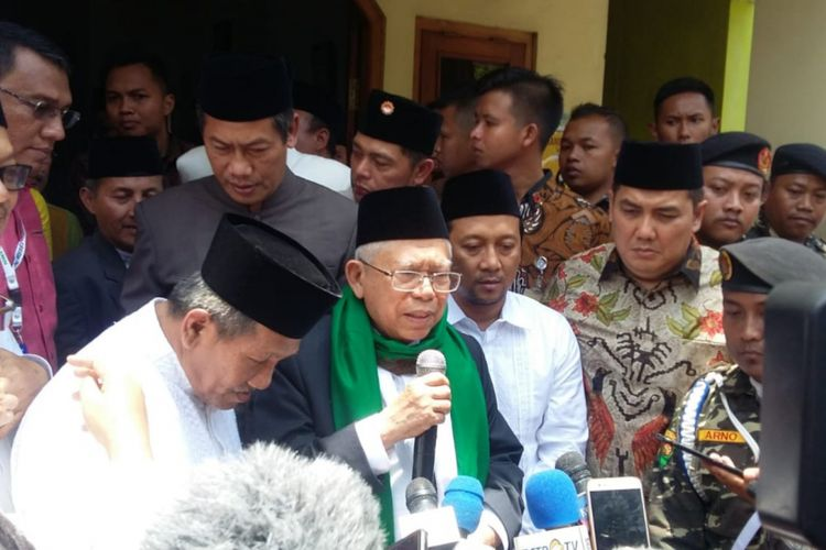 Kyai Maruf Aminpesantren di Krapyak, Sewon, Kabupaten Bantul, Minggu (14/10/2018)