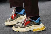 Sneakers Seharga 11 Juta Dibuat di China, Balenciaga Diprotes