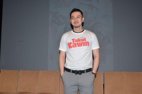 Main Film Takut Kawin, Herjunot Ali Tersinggung