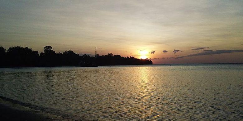 910 Koleksi pemandangan pantai pada waktu senja Gratis Terbaru
