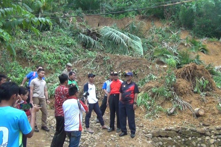 Akses Antar-Desa di Trenggalek Terputus Akibat Longsor