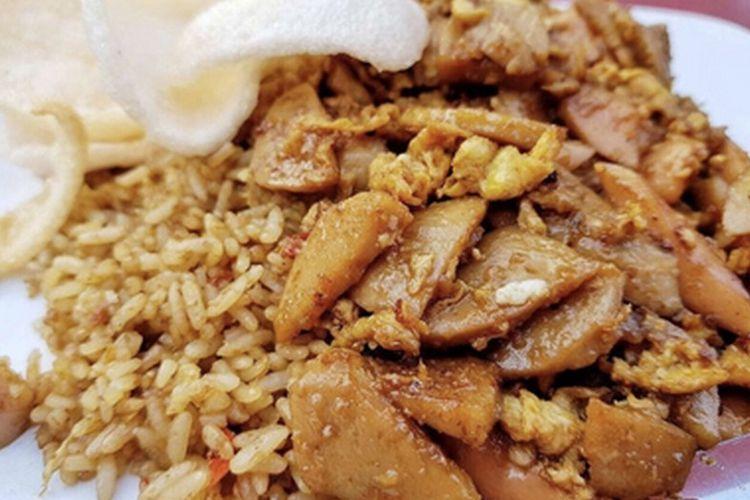 Nasi Goreng Gila OK Menteng. Salah satu kedai nasi goreng gila legendaris di Jakarta.