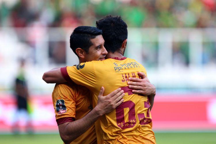 Pertandingan perebutan juara ketiga Piala Presiden 2018 antara Sriwijaya FC Palembang melawan PSMS Medan di Stadion Utama Gelora Bung Karno, Senayan, Jakarta, (17/02/2018). Hasil akhir pertandingan dimenangkan oleh Sriwijaya FC dengan skor 4-0.