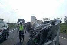 Kronologi Kecelakaan di Tol Cipali yang Tewaskan 4 Orang, Mobil-mobil Ringsek dan Terguling