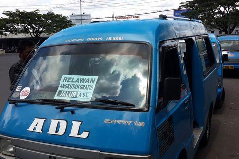 Sopir Angkot di Malang Demo dengan Angkut Penumpang Gratis