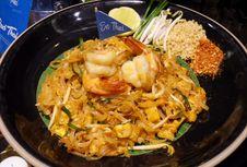 All You Can Eat Nasi Padang, Sushi Hingga Masakan Eropa