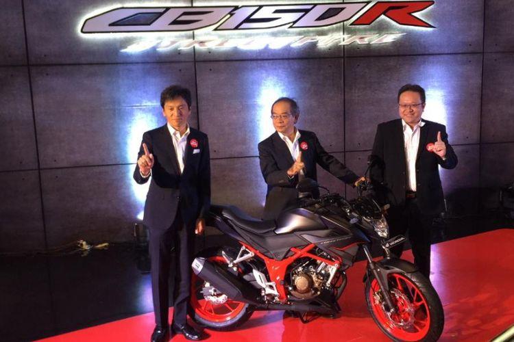 Honda CB150R StreetFire dengan sentuhan baru