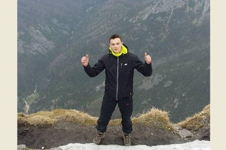 Remaja asal Polandia, Maksymilian Tercjak, tewas gantung diri, karena tak menyukai kehidupan di London, Inggris. (Daily Mail)