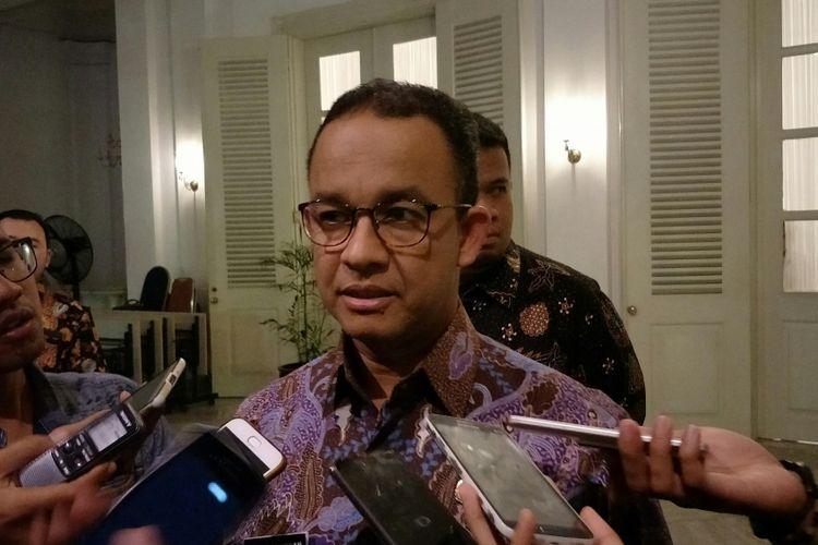 Gubernur DKI Jakarta Anies Baswedan di Balai Kota DKI Jakarta, Jalan Medan Merdeka Selatan, Kamis (18/1/2018) malam.