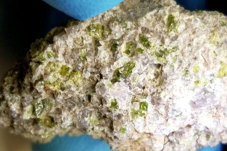 Batuan luar angkasa yang dijuluki NWA 11119, diprediksi berusia 4,6 miliar tahun. Artinya, meteorit ini sudah ada sebelum tata surya terbentuk.