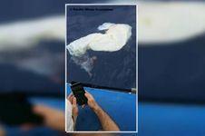 Gumpalan Putih Raksasa Mengapung di Lautan Hawaii, Apakah Itu?