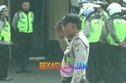 Polisi yang Marahi Pedagang Nasi Bebek Dihukum Hormat Bendera