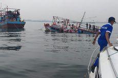 Kapal Nelayan Hampir Karam di Teluk Jakarta, Seluruh Awak Selamat