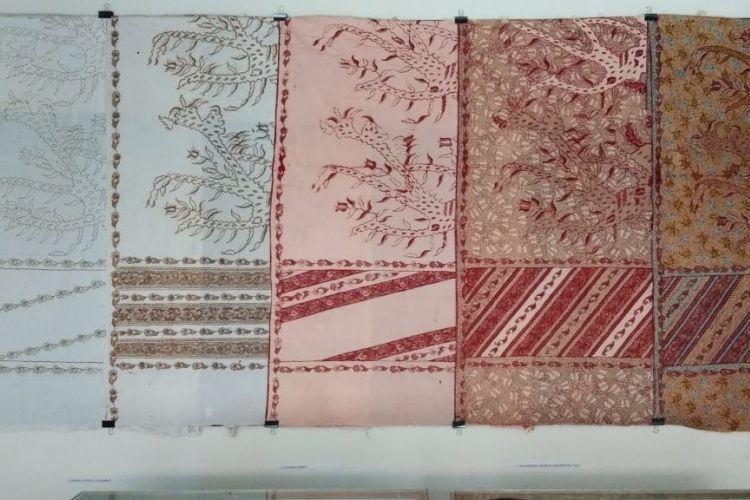 Contoh batik tiga negeri yang ada di Museum Batik Tiga Negeri, Lasem, Rembang.